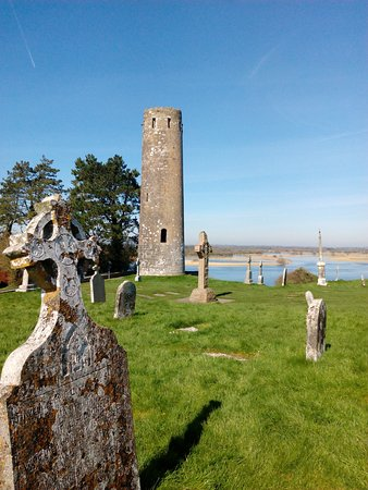 County Offaly, Irlanda: Clonmacnoise view