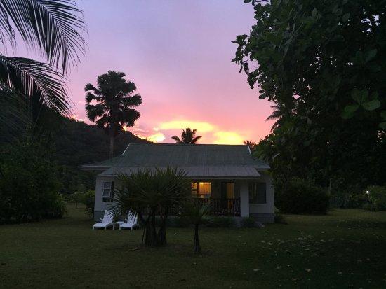 Chalets d'Anse Forbans: tramonto
