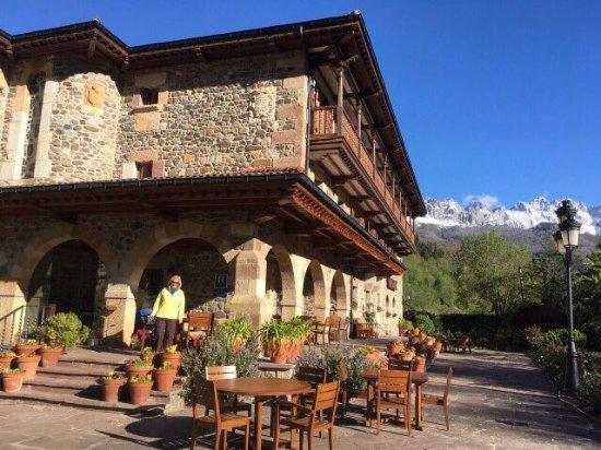 Hotel del Oso: photo1.jpg