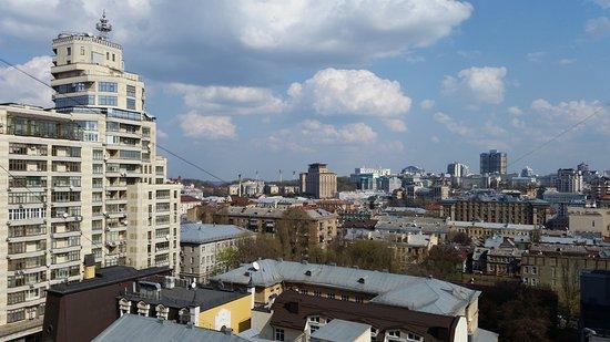 Mini-hotel Kiev downtown : Window view
