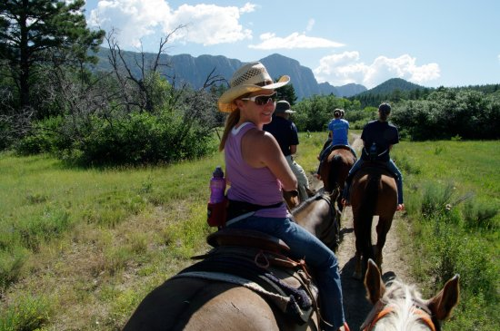 Chama, NM: A group ride at Fishtail Ranch