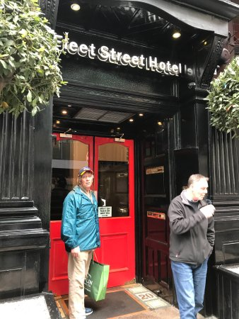 The Fleet Street Hotel: photo0.jpg