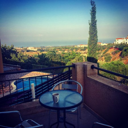 Tala, Cyprus: Morning coffee at Villa Hunter