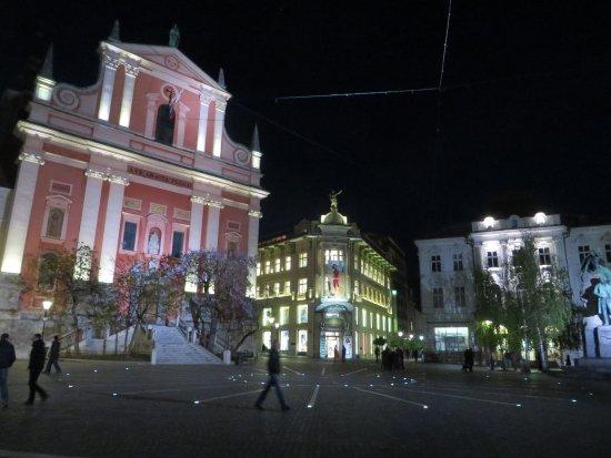 Hotel Emonec: Lhubljana main square