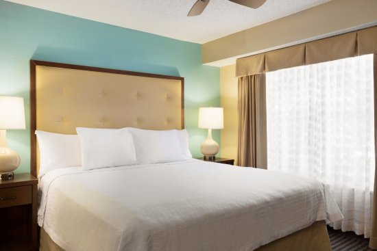 Homewood Suites by Hilton Houston - Westchase: Homewood Suites Houston Westchase, King Bedroom