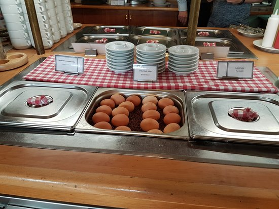 Katerina City Hotel: Breakfast