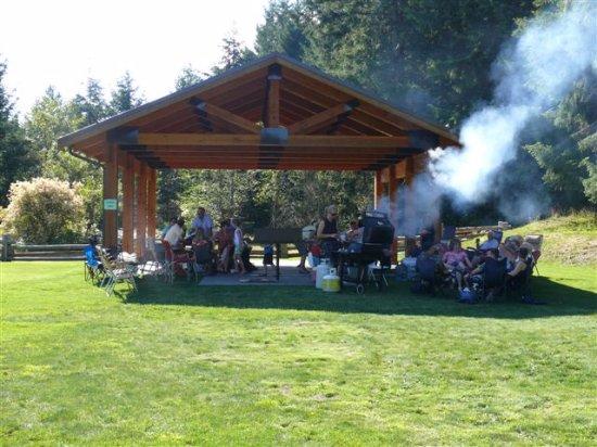 Glenora Trails Head Park