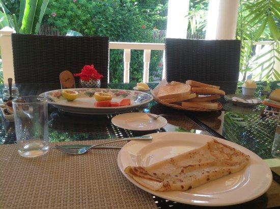 Captain's Villa: Petit dejeuner