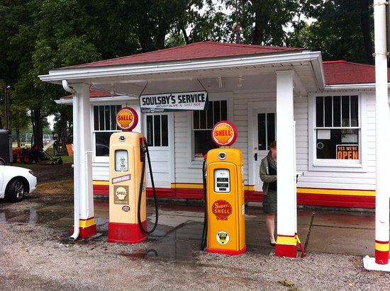 Soulsby's Service Station, Mount Olive, IL