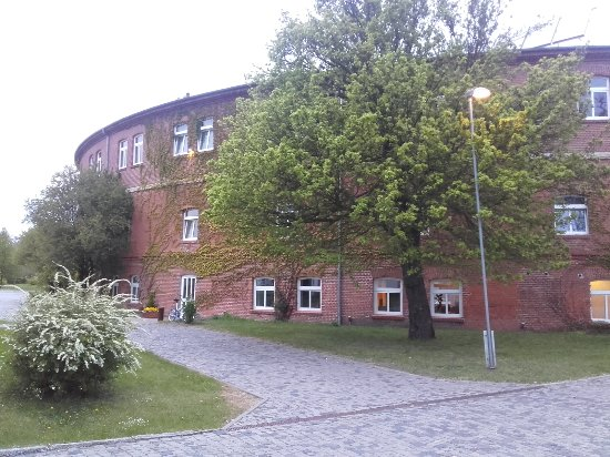 Bruckenkopf Hotel: 20170501_201648_large.jpg