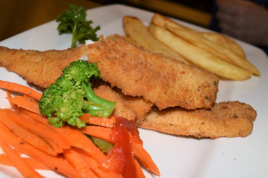 Lake superior fish fry picture of the bayfield inn for Cliffords fish fry