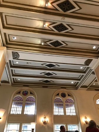 Millennium Knickerbocker Chicago : Cool detail on lobby ceiling