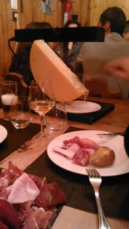 Les Saisies, Γαλλία: Raclette au lait cru & charcuterie