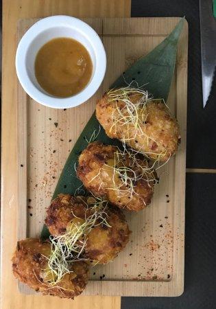 Restaurante Burbu: Fusion Croquets with Mango Dipping Sauce