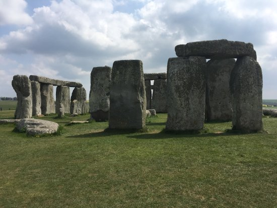 The Stonehenge Tour: photo1.jpg