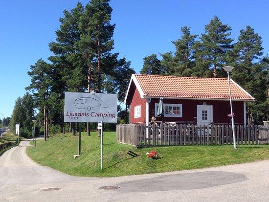 Ljusdal, Sweden: Logo och stuga