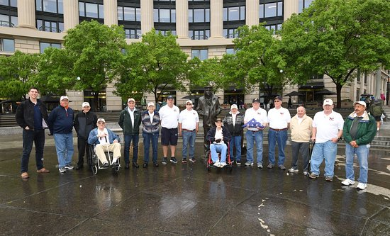 United States Navy Memorial and Naval Heritage Center: Navy Iraq, Vietnam, Korean and WWII veterans from Auburn, NY