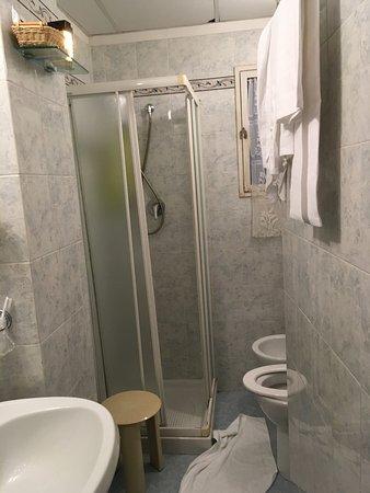 San Giorgio e Olimpic: second view bathroom