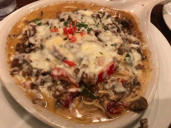 AL'an Ruben's Bar and Grill: Cheese Steak Spaghetti Bake