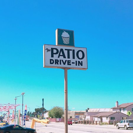 Castroville, CA: Their logo on the pole