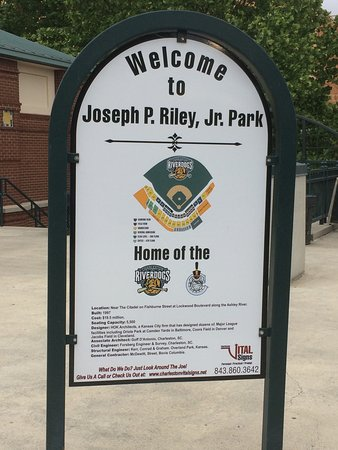 ‪Joseph P. Riley, Jr. Park‬