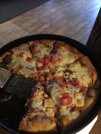 Selma's Chicago Pizzeria