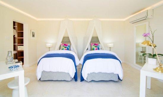 Round Hill Hotel & Villas Resmi