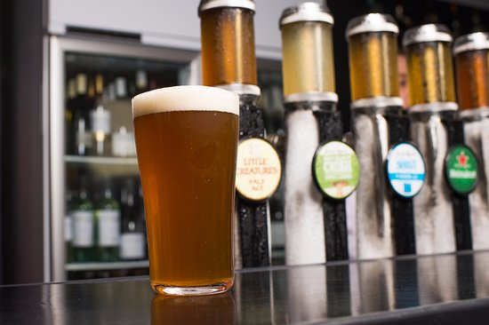 East Fremantle, Australia: Plenty of tap beers to choose from