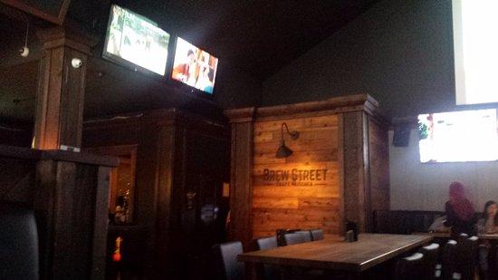 Port Moody, Канада: Inside the Brew Street Pub.