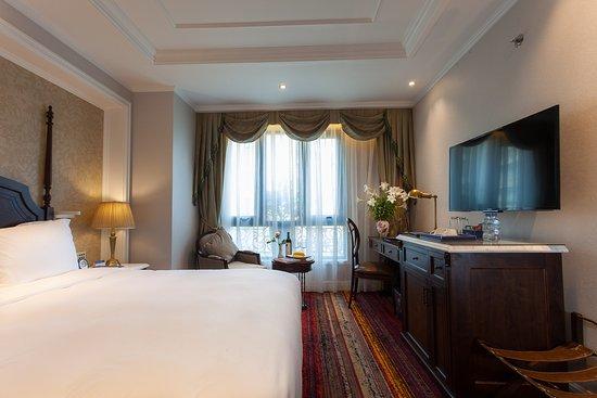 The Lapis Hotel Hanoi Review