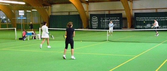 Unteraegeri, สวิตเซอร์แลนด์: Tennis