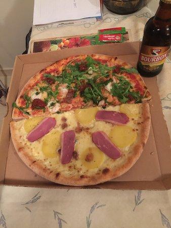 mam 39 zelle pizza le tampon restaurant avis num ro de. Black Bedroom Furniture Sets. Home Design Ideas