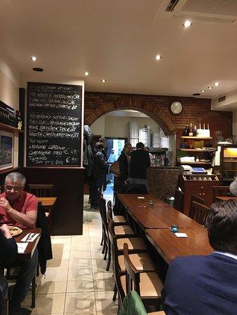 pizzeria roma d sseldorf kaiserswerth restaurant bewertungen telefonnummer fotos. Black Bedroom Furniture Sets. Home Design Ideas
