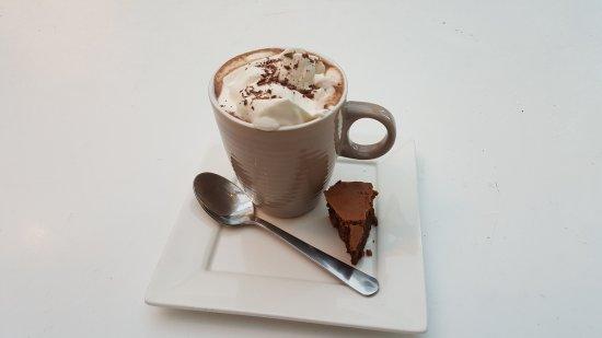 Walloon Brabant, Belgium: Un bon petit cappuccino