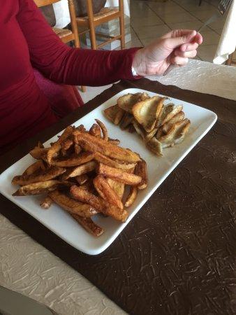 Faucigny, France : filets de perches, frites maison