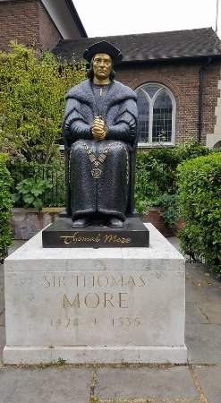 Statue of Thomas More outside Chelsea Old Church - Picture of ...
