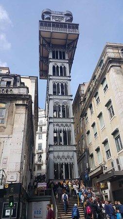 Foto De Santa Justa Lift Lisboa Elevador Santa Justa Vue De La Rue