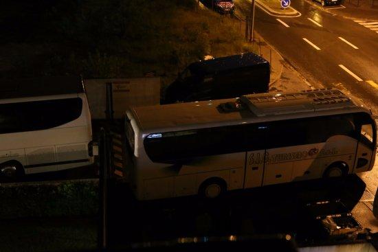 Saint Cyr l'Ecole, Francia: rentrée impossible dans parking payé la nuit
