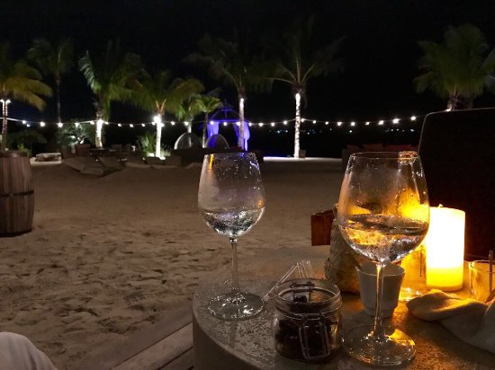 Shangri-La's Le Touessrok Resort & Spa, Mauritius: Quiet night on the beach after dinner