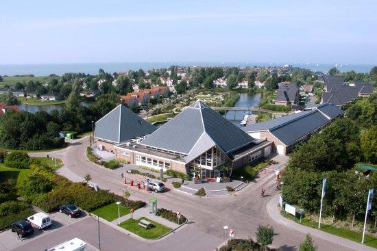 Makkum, Nederländerna: Hoofdgebouw / Hauptgebäude