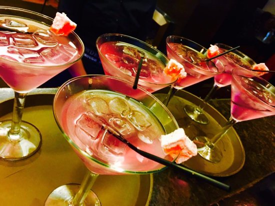 Epsom, Nowa Zelandia: Specialty Turkish cocktails.