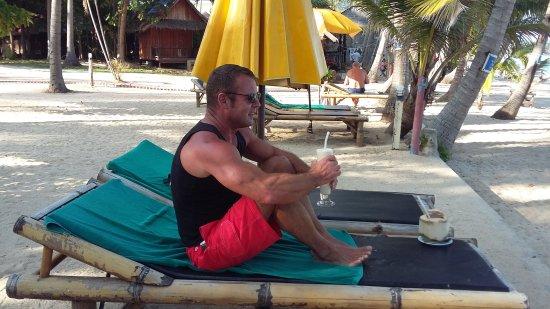 Coconut Beach Resort : 20170423_163721_large.jpg