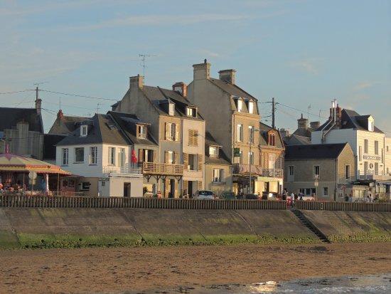 Les Pieris: Le village de Grandcamp-Maisy