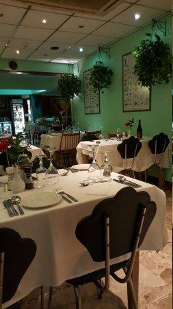 Ta'Peter Restaurant: 20170504_203335_large.jpg