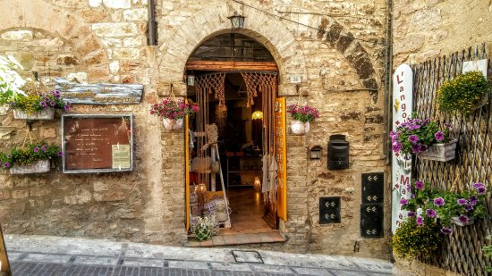 Spello, Italia: getlstd_property_photo