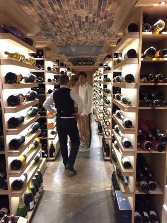 Constance Le Prince Maurice: Wine Cellar. Perfect wine tasting withe Jerome and his team