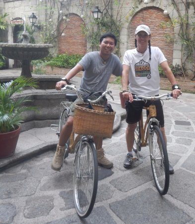Bambike Ecotours Intramuros: Just after a fun and informative tour!
