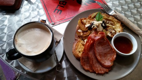 Yummy Breakfasts and best Coffee in Alice Springs. - Picture of Watertank  Cafe, Alice Springs - Tripadvisor