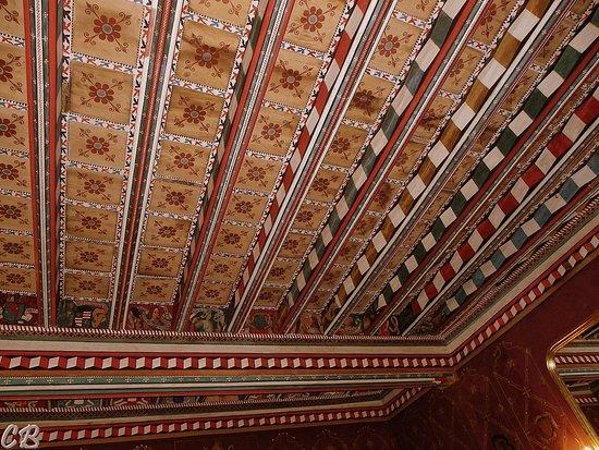 Saint-Hilaire, Francia: Plafonds peints fin du xvème siècke