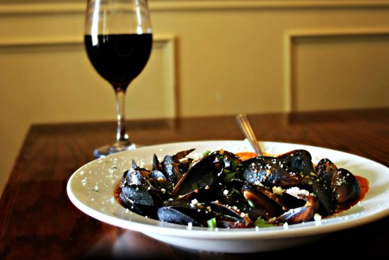 Hornell, NY: Mussels Marino